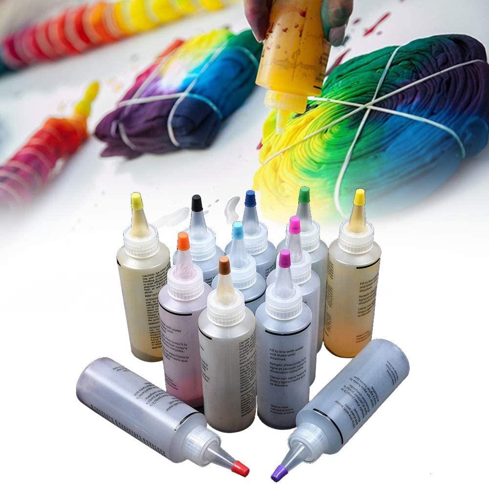 Manualidades Tie Dye. Enrollar camiseta y pintar con tintas tie dye