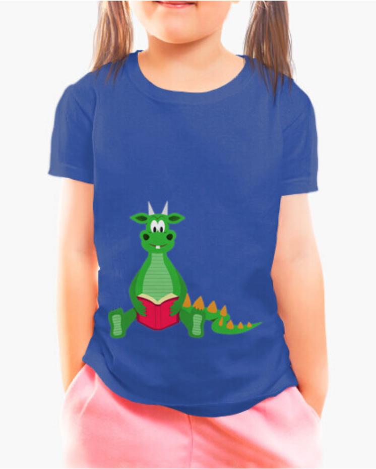 Camisetas el Padre Guisante la Tostadora en Colores del Arcoíris. Camiseta Niña y Niño. Camiseta infantil color azul. Camiseta colección el dinosaurio lector en Padre Guisante