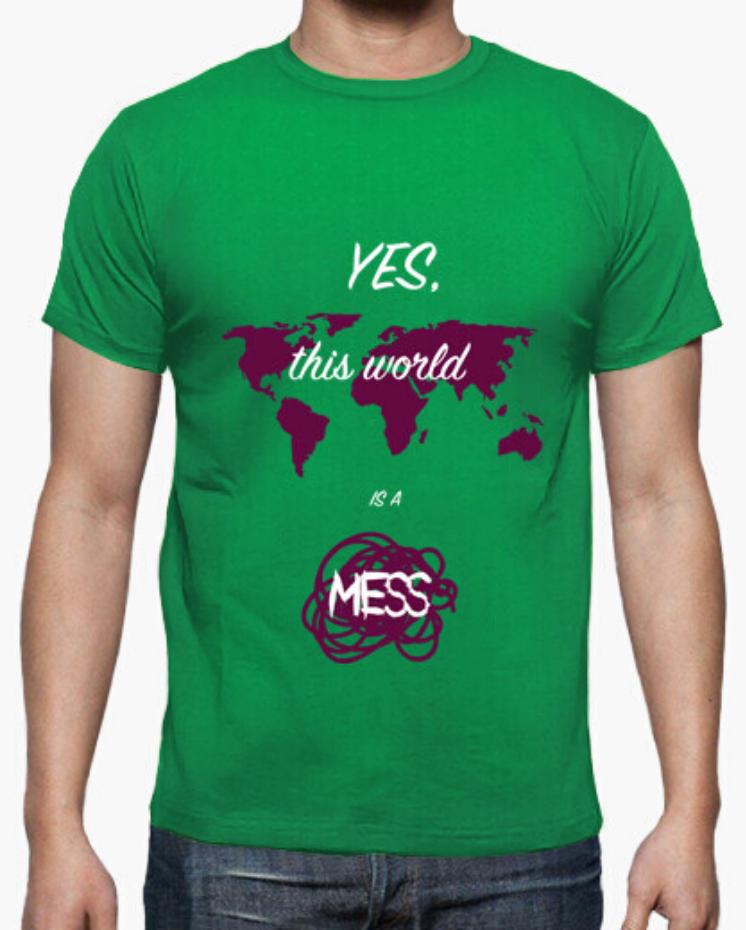 Camisetas el Padre Guisante la Tostadora Colores del Arcoíris. Camiseta Clásica Hombre. Camiseta verde. Colección Yes this world is a mess