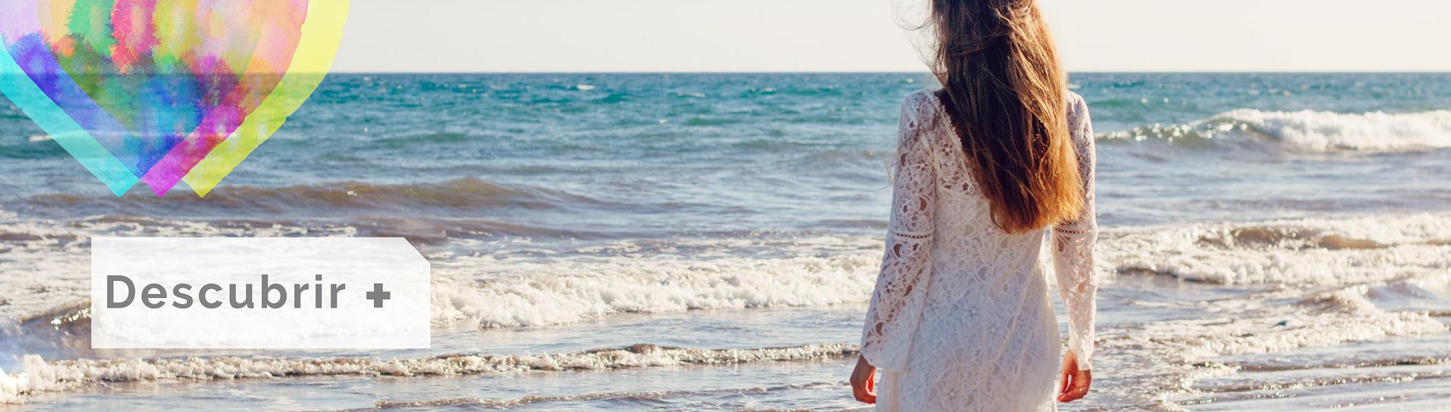 Moda Ibicenca Verano 2020 en Colores del Arcoíris. Vestidos Blancos Ibiza