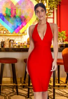 Mujer con vestido rojo para fiestas y cócteles. Tendencias Moda Mujer Amazon Moda Mujer