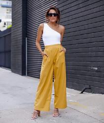 Pantalones mujer de color amarillo. Marca Amazon - Agnes - Pantalón de Pierna Ancha de Talle Alto - pants Mujer por The Drop